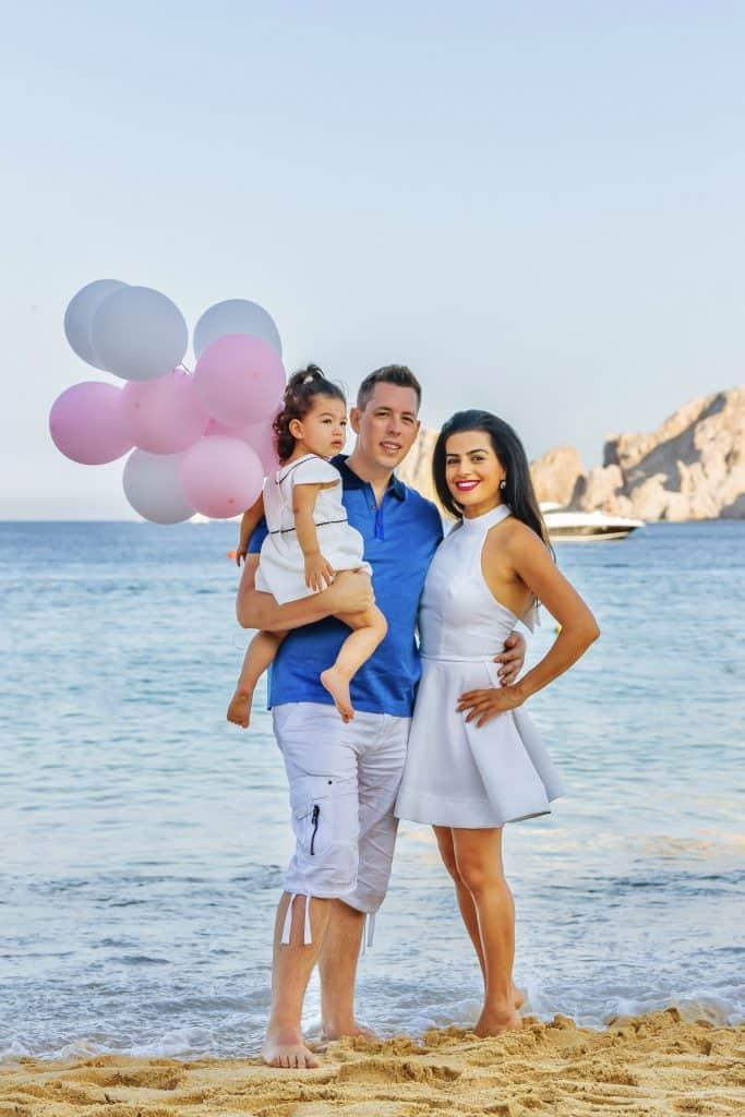 Wedding Photographer Cabo San Lucas - Family Portraits Cabo San Lucas - Family Photographer Cabo San Lucas - Moshi Cabo Photography.
