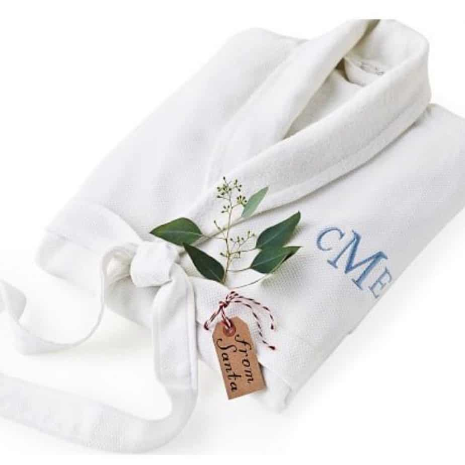 Last minute holiday gift ideas - personalised robe!