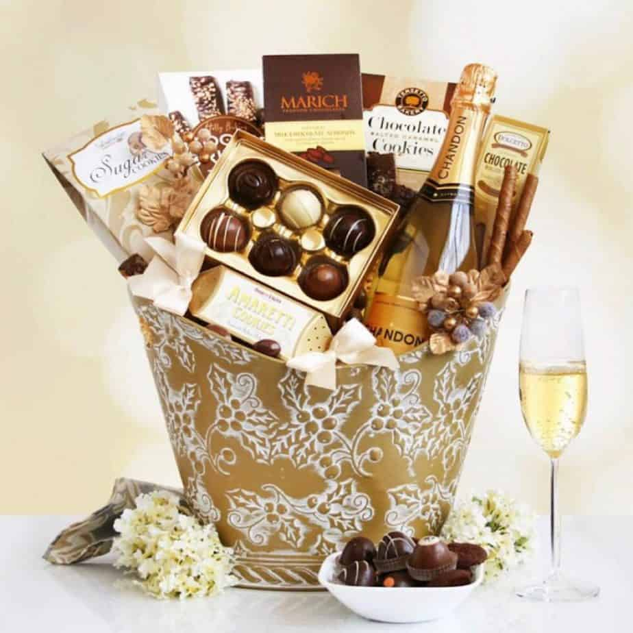 Last minute holiday gift ideas - luxury hamper!