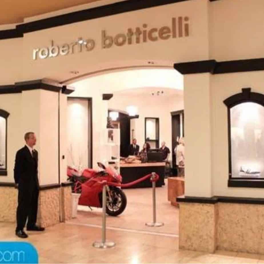 Our store! Roberto Botticelli in Arizona, USA.