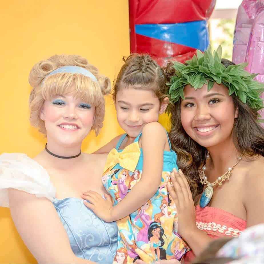"""Cuddles with """"Cinderella"""" at my daughter's 4th birthday party"""