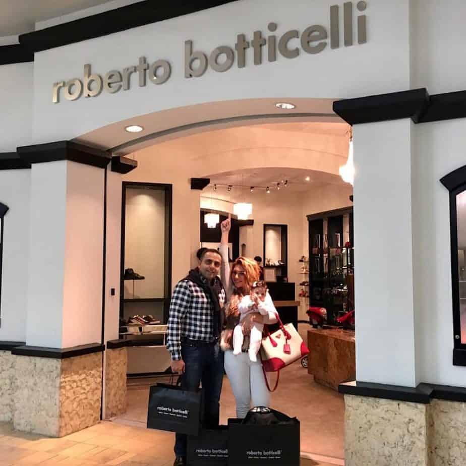 Happy customers in Arizona, USA