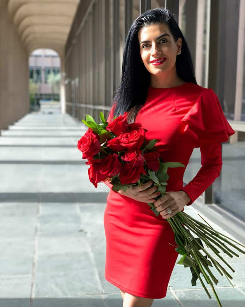 red Valentine's Day outfit with red roses