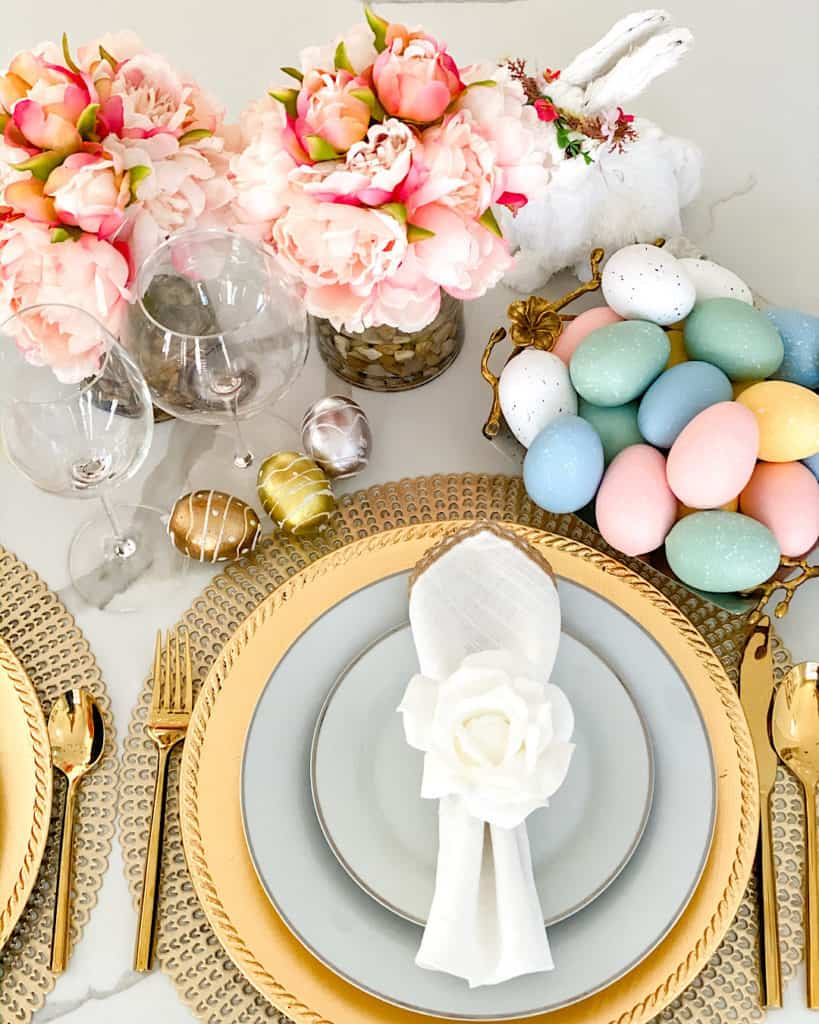 Table setting for Easter - easy Easter decoration ideas!