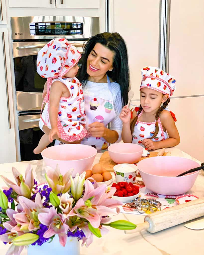 Mother and daughters in the kitchen - simple baking recipes to try with your kids