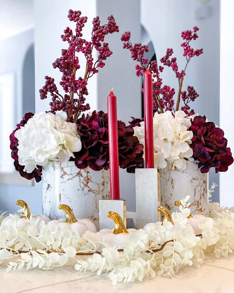 Fall display for your living room: burgundy and white decor